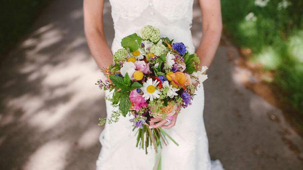 Wedding Flowers In East Sussex : Wedding florist sussex flowers surrey east